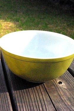 画像2: オールドパイレックス ミルクガラスミキシングボール 草木色